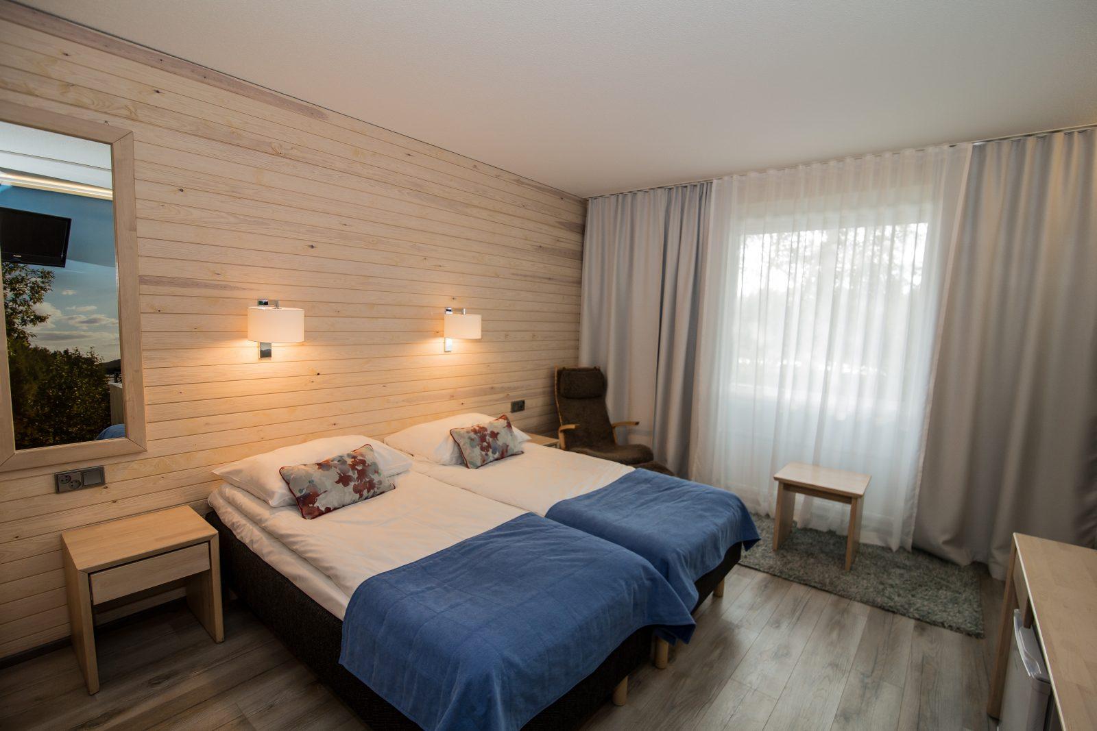 Summer room 12